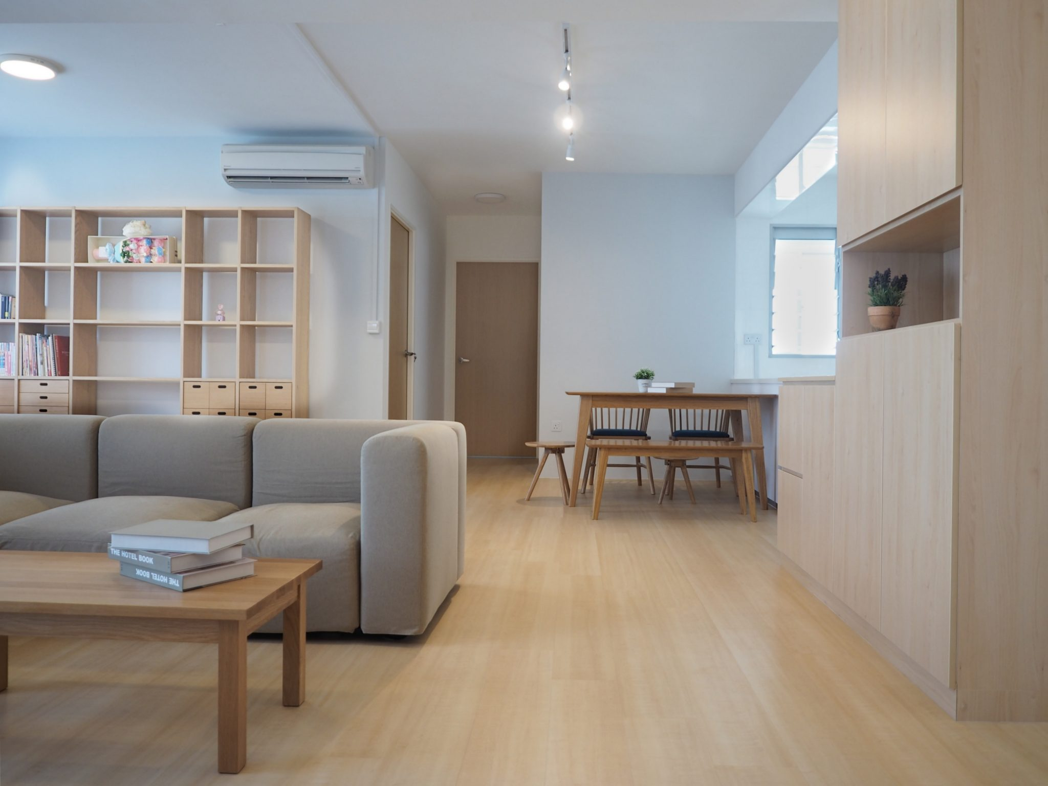 Minimalist Home: House Tour: Ying And Robin's Fuss–Free Japanese Minimalist
