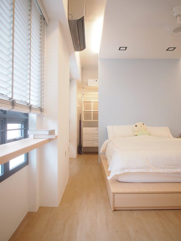 Singapore Scandinavian bedroom