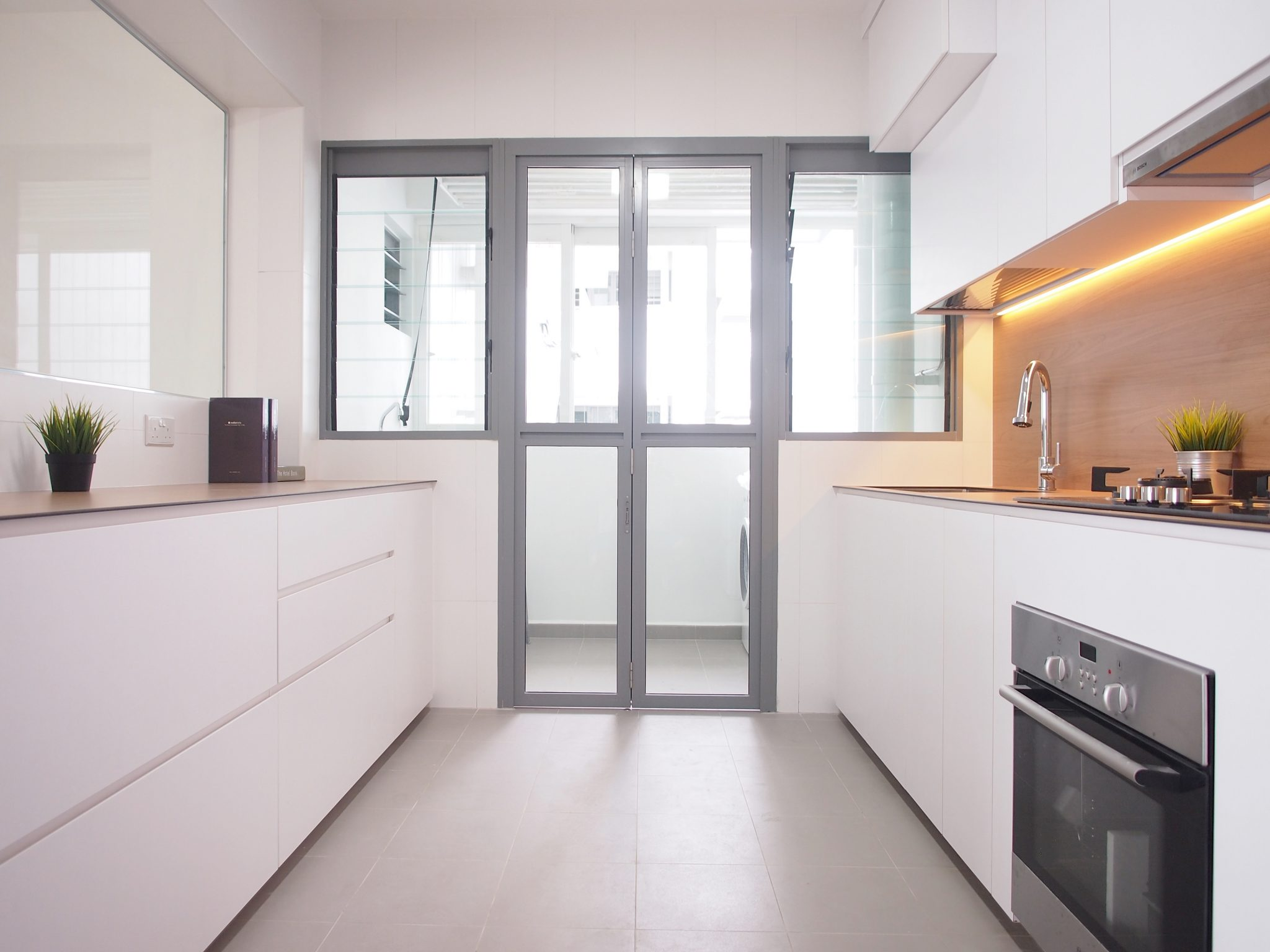 Singapore minimalist kitchen