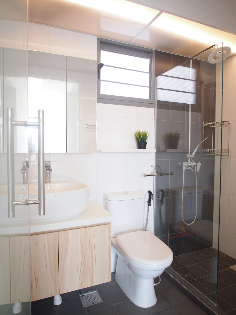 Singapore minimalist bath
