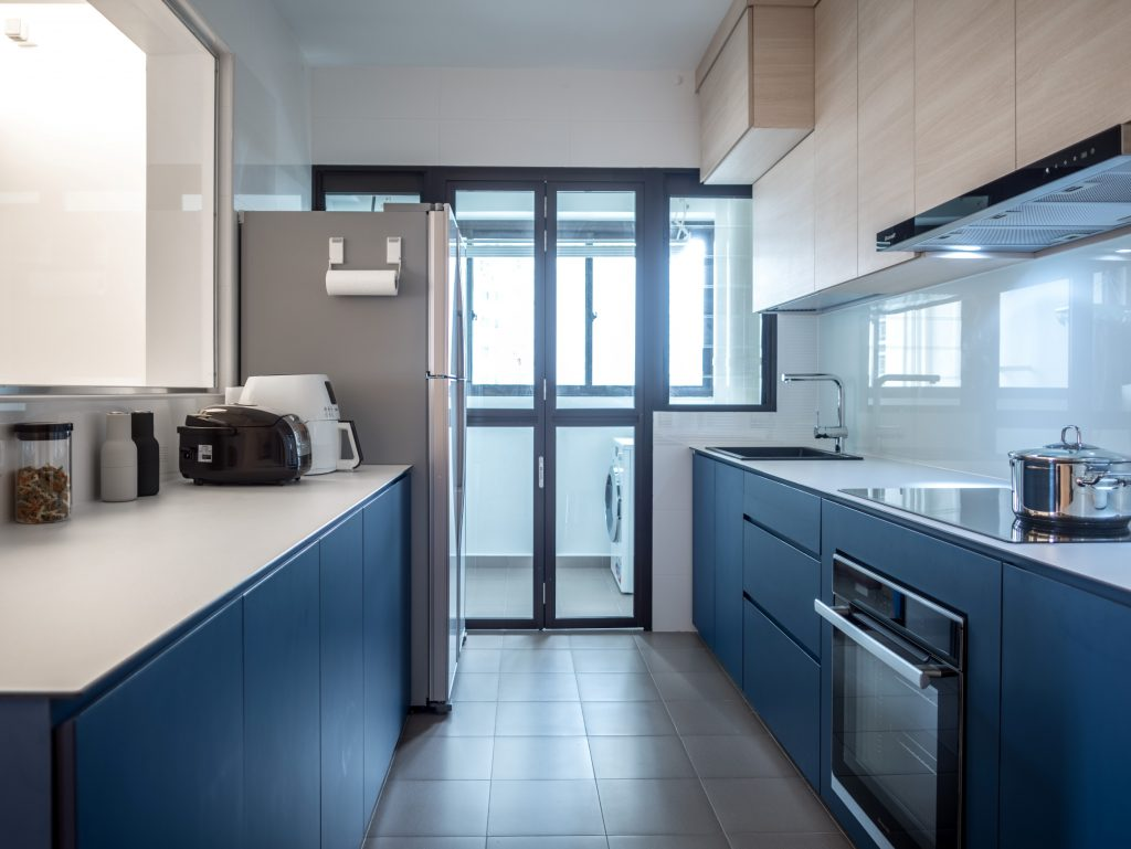 luxurious minimalist kitchen hdb